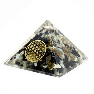 Orgonite Piramide van Chrysocolla - Flower of Life (40 mm)
